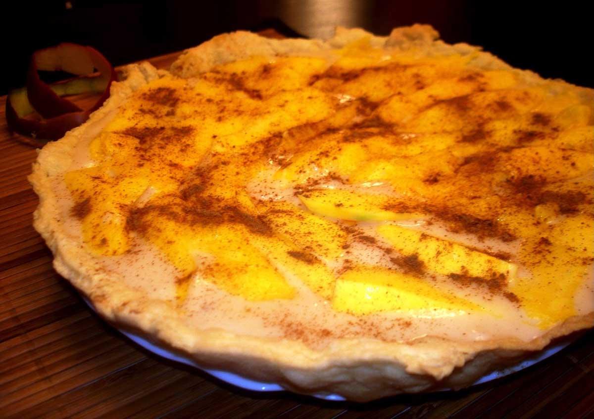 Tarta de mango, crema y canela sin lactosa