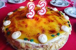 Tarta de San Marcos sin lactosa yema tostada, nata y trufa