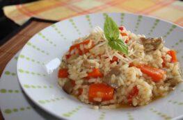 Risotto de setas y verduras al curry sin lactosa