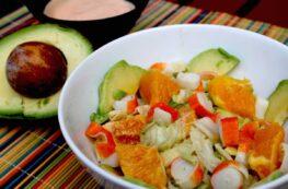 Ensalada tropical de aguacate y naranja
