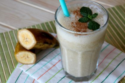 Smoothie o batido de avena y plátano