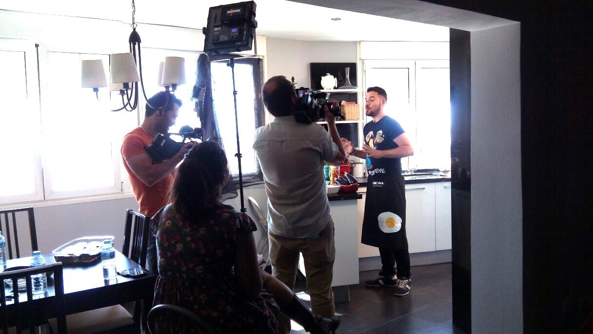 Chef Orielo grabando en Canal Cocina. Blogueros Cocineros