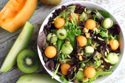 Ensalada de melón, kiwi y semillas