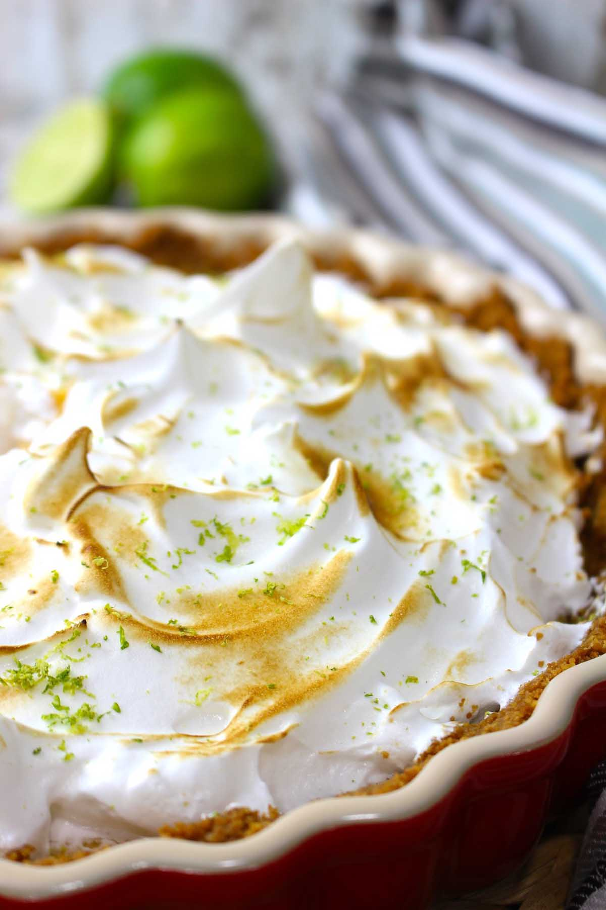 Tarta de lima y merengue sin lactosa. Key lime pie